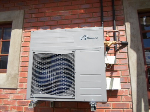 Window heat pump trendy heat pumps u goggin energy with for Window heat pump